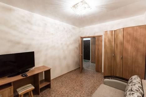 Сдается 1-комнатная квартира посуточно в Ноябрьске, Советская улица, 108.
