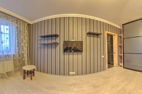 Сдается 1-комнатная квартира посуточно, улица Нефтяников, 89.