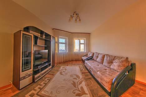 Сдается 1-комнатная квартира посуточно в Нижневартовске, улица Нефтяников, 20.
