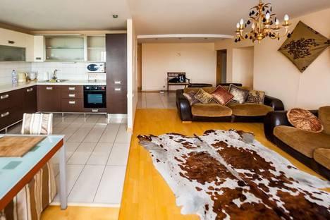 Сдается 3-комнатная квартира посуточнов Красной Поляне, Березовая улица, 106.