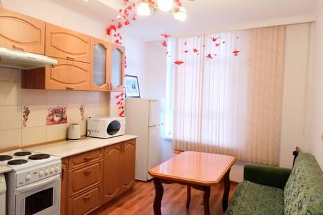 Сдается 1-комнатная квартира посуточно, улица Базовская Дамба, 4.