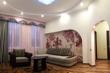Сдается 1-комнатная квартира посуточно в Кисловодске, улица Ермолова, 19.