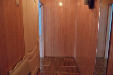 Сдается 2-комнатная квартира посуточнов Железноводске, улица Мироненко, 4.