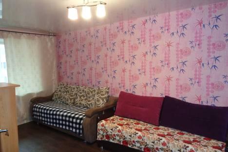 Сдается 2-комнатная квартира посуточно, улица Учебная, 7.