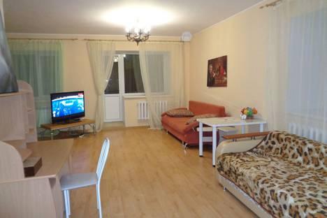 Сдается 1-комнатная квартира посуточнов Томске, Базарный переулок, 12.
