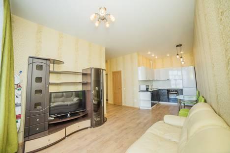 Сдается 2-комнатная квартира посуточно во Владивостоке, Прапорщика Комарова, 58.