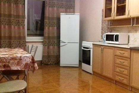 Сдается 2-комнатная квартира посуточно в Краснодаре, улица Ставропольская.