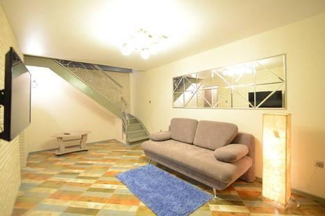 Сдается 3-комнатная квартира посуточно, Плехановская улица, 22.