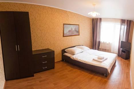 Сдается 2-комнатная квартира посуточнов Тюмени, улица Широтная, 157.