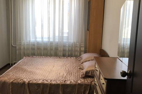 Сдается 2-комнатная квартира посуточно в Минусинске, Народная 5.