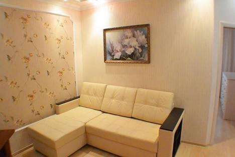 Сдается 2-комнатная квартира посуточно в Адлере, улица Кирова, 30.