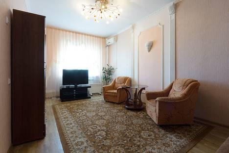 Сдается 2-комнатная квартира посуточно, Белгородская улица, 1 корпус 4.