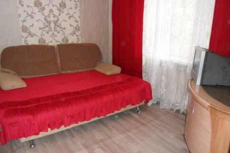 Сдается 2-комнатная квартира посуточно, улица Омская 28.