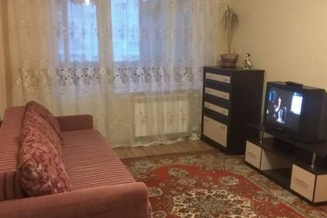 Сдается 1-комнатная квартира посуточно в Жуковском, улица Амет-хан Султана, 9.