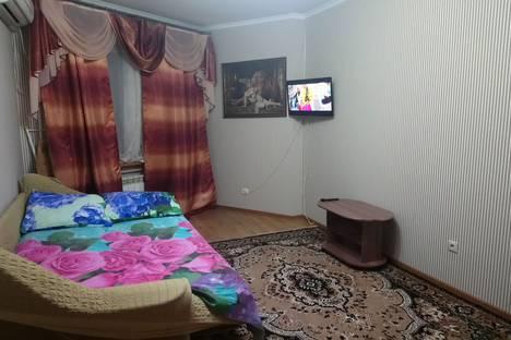 Сдается 3-комнатная квартира посуточнов Липецке, улица Меркулова, 7.