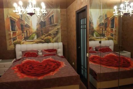 Сдается 1-комнатная квартира посуточнов Екатеринбурге, улица Малышева, 102.