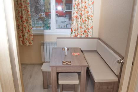 Сдается 1-комнатная квартира посуточно в Ханты-Мансийске, улица Свердлова, 26.