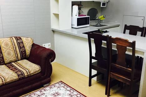 Сдается 1-комнатная квартира посуточно в Астане, Улица Кошкарбаева 10/1.