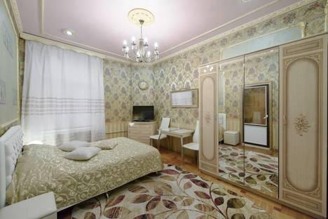 Сдается 1-комнатная квартира посуточнов Санкт-Петербурге, улица Рубинштейна, 15.