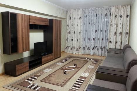 Сдается 2-комнатная квартира посуточно в Алматы, улица Шевченко, 112.