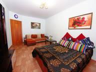Сдается посуточно 1-комнатная квартира в Уфе. 50 м кв. улица Карла Маркса, 60