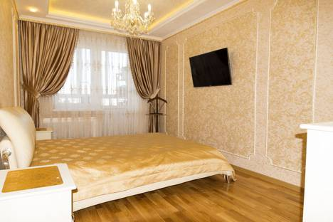 Сдается 1-комнатная квартира посуточнов Екатеринбурге, Союзная улица, 2.