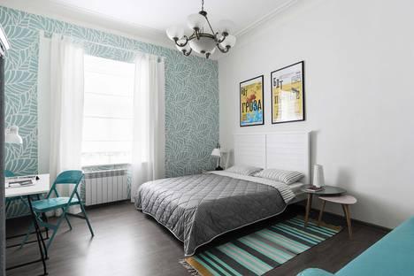 Сдается 2-комнатная квартира посуточно, Невский проспект, 74.