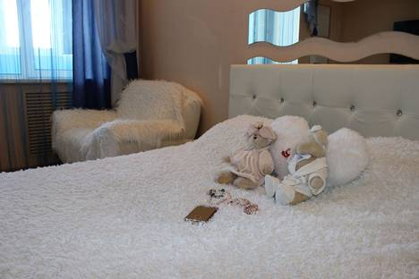 Сдается 1-комнатная квартира посуточно в Орле, улица Октябрьская, 79.