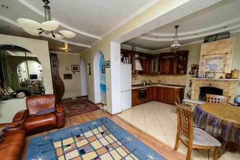 Сдается 2-комнатная квартира посуточно в Новокузнецке, Пионерский пр-кт, 28.