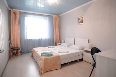 Сдается 3-комнатная квартира посуточно в Магнитогорске, проспект Ленина, 80.