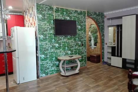 Сдается 1-комнатная квартира посуточнов Выксе, улица Дзержинского, 1.