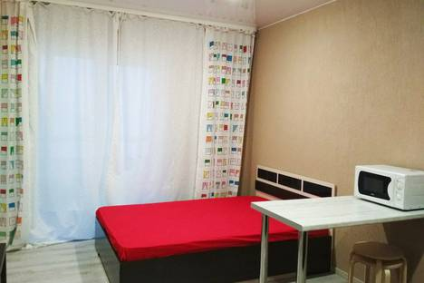 Сдается 1-комнатная квартира посуточно в Великом Новгороде, Колмовская набережная 71.
