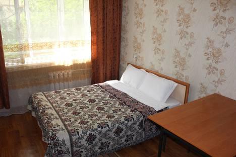 Сдается 1-комнатная квартира посуточно, ул Жандосова, 61 б.