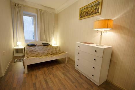 Сдается 1-комнатная квартира посуточнов Санкт-Петербурге, улица Маяковского, 4.