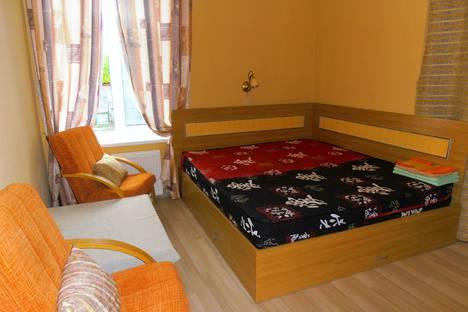 Сдается 2-комнатная квартира посуточно в Балаклаве, Кирова 37.