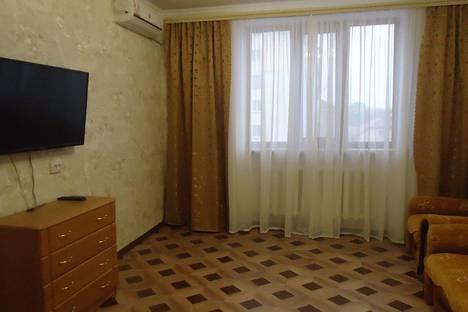 Сдается 2-комнатная квартира посуточно в Саках, Курортная улица, 23.