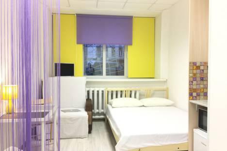 Сдается 1-комнатная квартира посуточно в Санкт-Петербурге, улица Чапыгина, 1.
