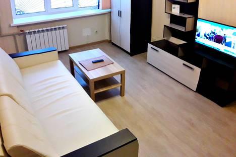 Сдается 1-комнатная квартира посуточно в Саратове, улица Некрасова, 38/40.