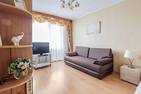Сдается 1-комнатная квартира посуточно, улица Гиляровского, 12.
