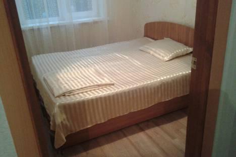 Сдается 3-комнатная квартира посуточно в Орске, Стартовая улица, 3а.