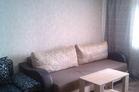 Сдается 3-комнатная квартира посуточно в Новотроицке, Зеленая улица, 24.