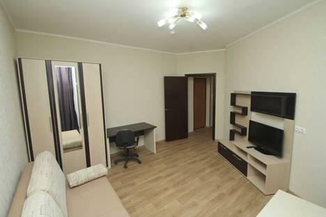 Сдается 1-комнатная квартира посуточно, Нефтеюганск, улица Школьная 11-12.