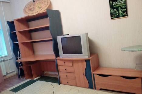 Сдается 1-комнатная квартира посуточнов Нижневартовске, улица Героев Самотлора, 28.