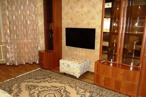 Сдается 2-комнатная квартира посуточно в Нижневартовске, Рябиновый бульвар 11.