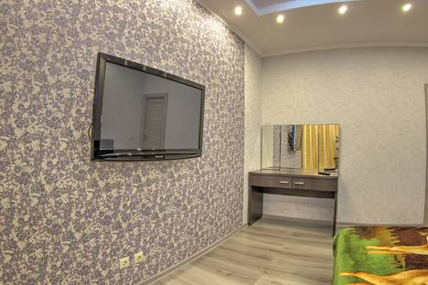 Сдается 1-комнатная квартира посуточно в Нижневартовске, улица Мира, 97.