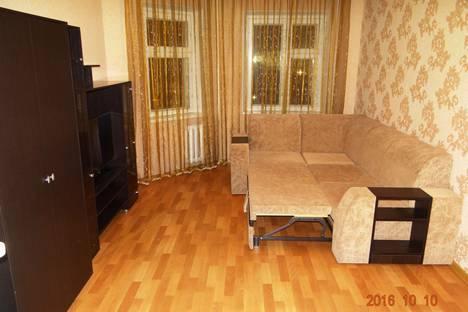 Сдается 2-комнатная квартира посуточнов Нижневартовске, улица Мира, 97.