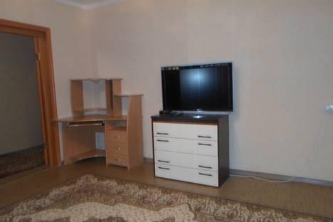 Сдается 1-комнатная квартира посуточно в Ноябрьске, Советская улица, 107.