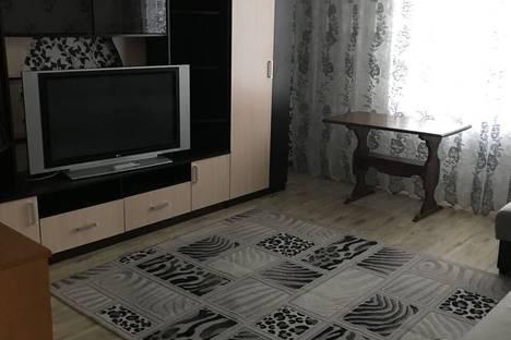 Сдается 2-комнатная квартира посуточно в Новом Уренгое, улица Мирный микрорайон, 6 корпус 1.