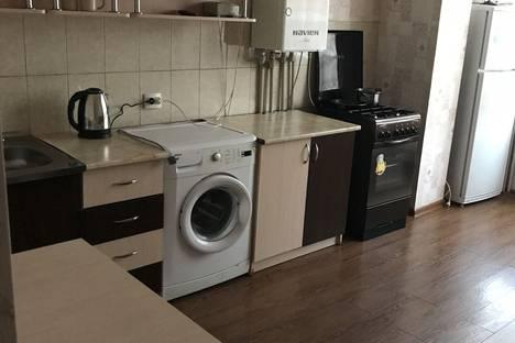 Сдается 1-комнатная квартира посуточно в Яблоновском, улица Гагарина, 148к2.