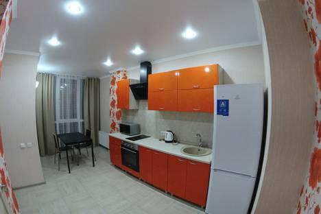 Сдается 1-комнатная квартира посуточнов Омске, улица Масленникова, 25.